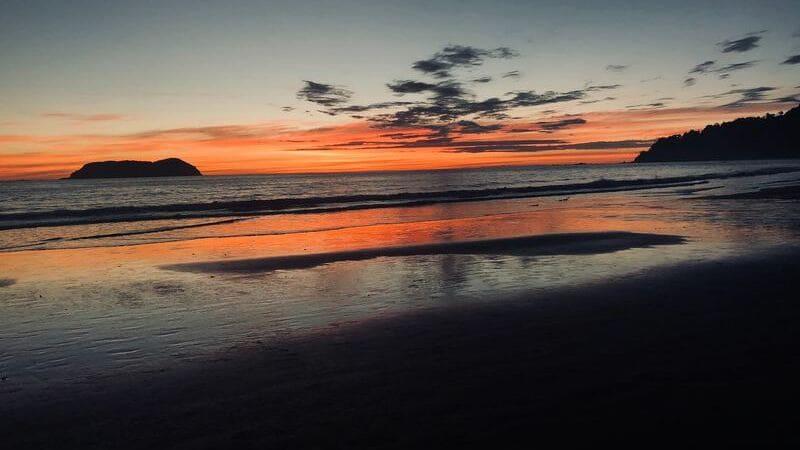 La playa Manuel Antonio es una de las más famosas.