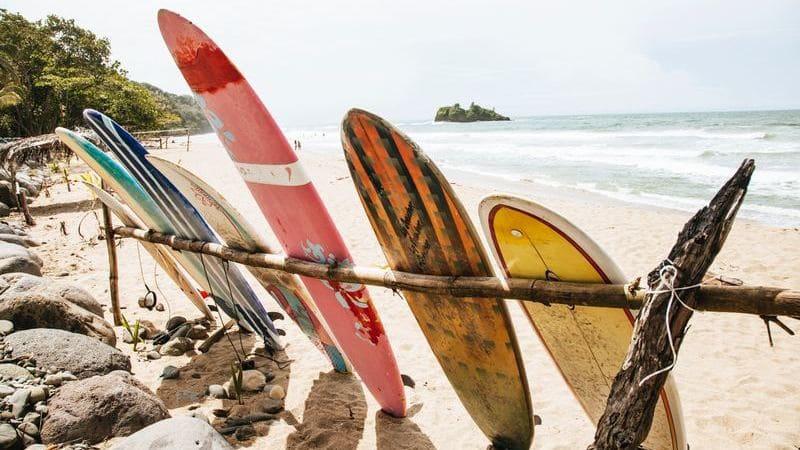Puerto Viejo es un lugar con ambiente relajado y el más puro estilo caribeño.