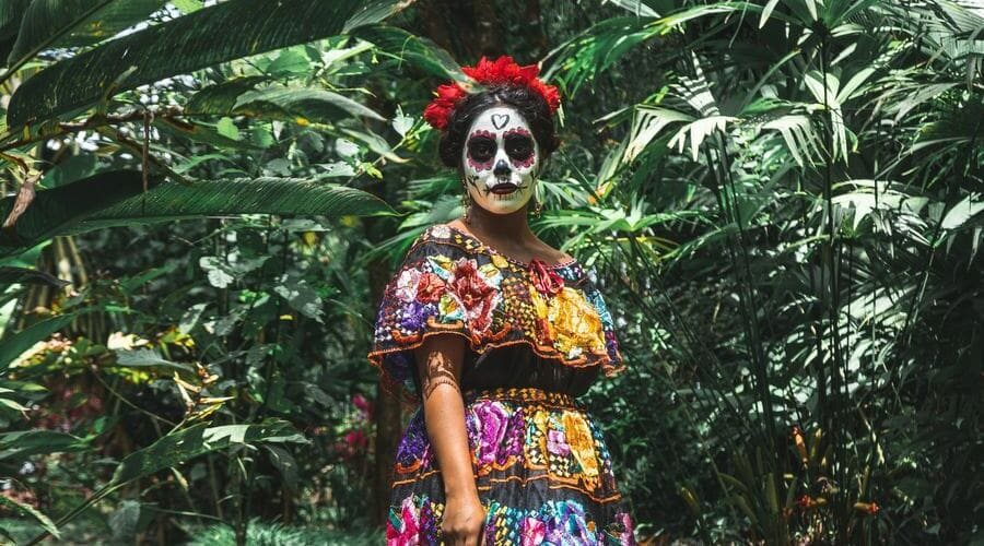 En Costa Rica se celebra Halloween y el Día de la Mascarada.